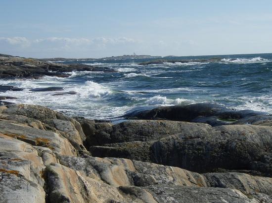 Jak zwykle warunki pogodowe nie zawiodły i wiało 10 m/s od Morza Północnego. Na większych akwenach fale osiągały wysokość 1 metra a po wyjściu na otwarte morze nawet do 2 metrów.